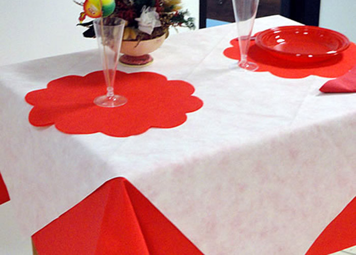 Biodegradable Disposable PP Non Woven Tablecloth , Printed PP Table Cloths